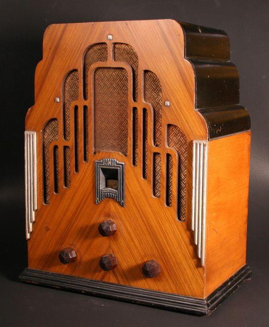 crosley model 179 dual seventy art deco tombstone radio 1934. Black Bedroom Furniture Sets. Home Design Ideas