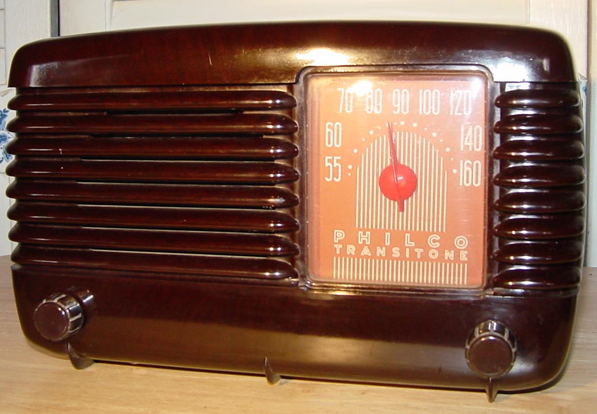 Philco Model 48 200 Brown Bakelite Table Radio 1948