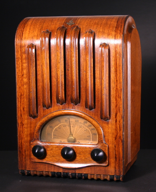 Zenith Models 5d011 5d027 Radio News February 1947 as well Rittenhouse Door Chime Wiring Diagram further FC Consumer in addition Lindsay Lohan Ordered Morgue Duty La further Cor radio. on old zenith radio schematics