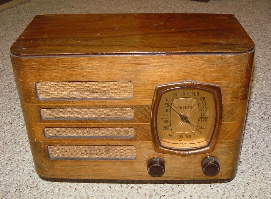 Philco 39 8T Table Radio