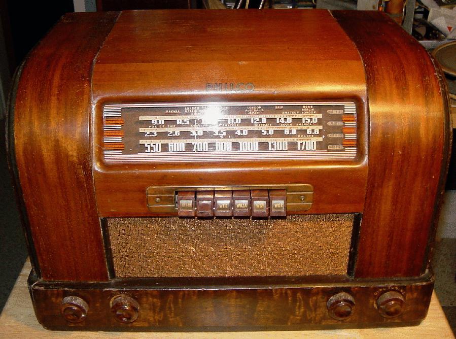 Philco 42 345T Table Radio 1942
