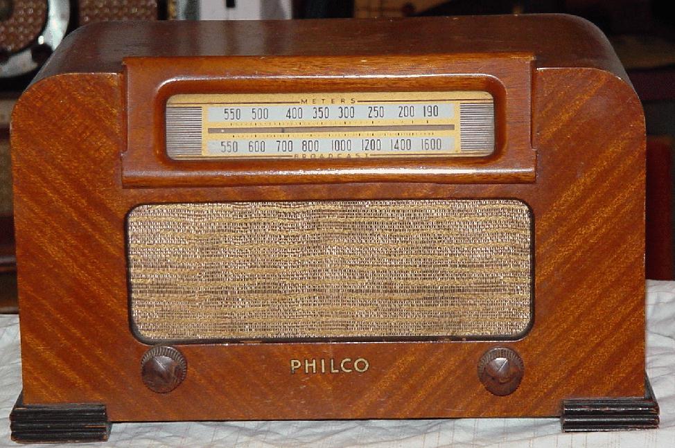 Philco 42 321T Table Radio 1942