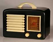 General Television 5A5 Black Bakelite Radio (1947)
