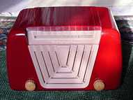 Motorola 68X11 Red Plastic Table Radio (1949)