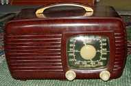 Zenith 6-D-510 (6D510) Bakelite Table Radio (1941)