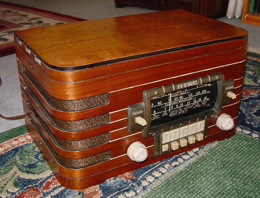 Zenith 6 S 439 Table Tube Radio (1940)