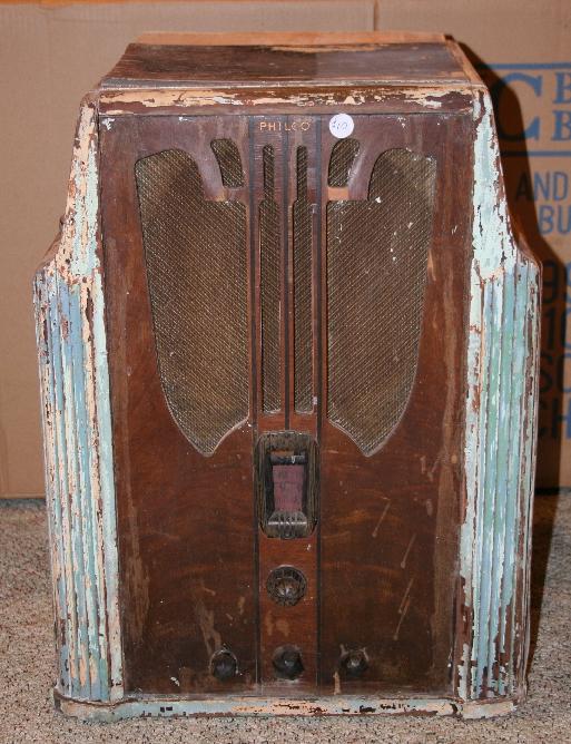 Philco Model 16b Shouldered Tombstone Radio 1935