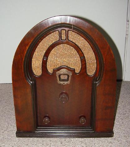 Philco Model 52b Cathedral Radio