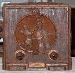 Emerson 411 Mickey Mouse (repwood) Compact Table Radio (1936)