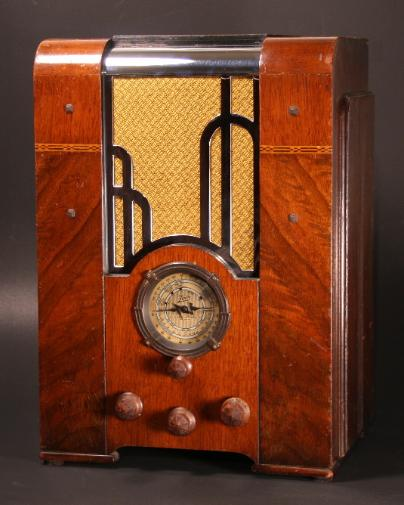 Zenith 809 Chrome-Grille Radio (1934/35)